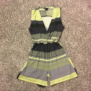 Robert Louis 1 pc outfit green/navy/white